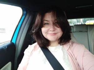 "<a target=""_blank"" href=""https://www.facebook.com/profile.php?id=100005729800175"">Ольга Назарова</a>"