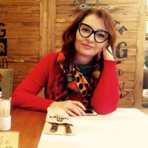 """<a target=""""_blank"""" href=""""https://www.facebook.com/ludmila.guseinova.3"""">Людмила Гусейнова</a>"""